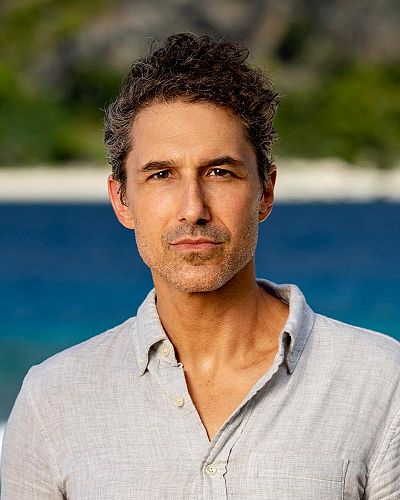 Ethan Zohn is still on the Island for Survivor Winners at War